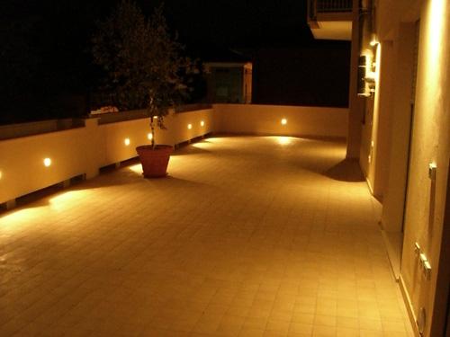 Illuminazione del terrazzo, come illuminare l'esterno di casa